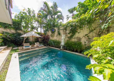 Spacious house in South Kuta with Parking, Internet, Air conditioning, Pool