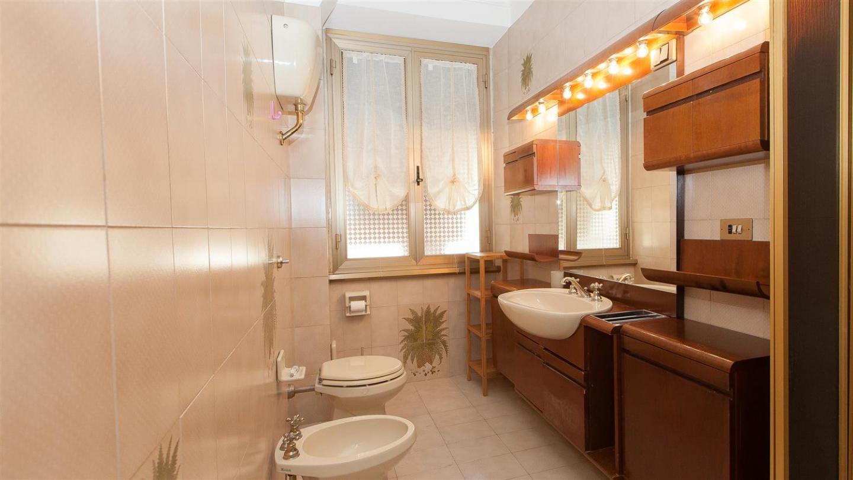 Paruta apartment 2185 Slide-1