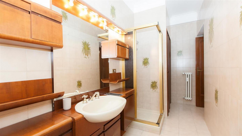 Paruta apartment 2185 Slide-2