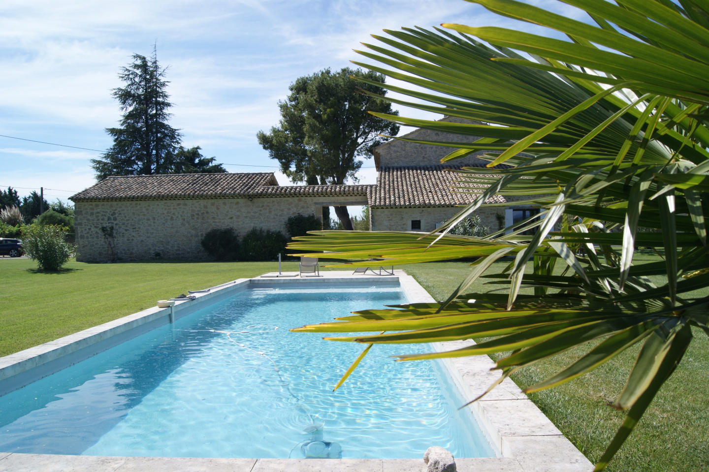 Self catering holiday rental Luberon Monts Vauc... Slide-1