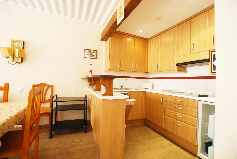 Apartment Building Europe 1347 M Slide-3