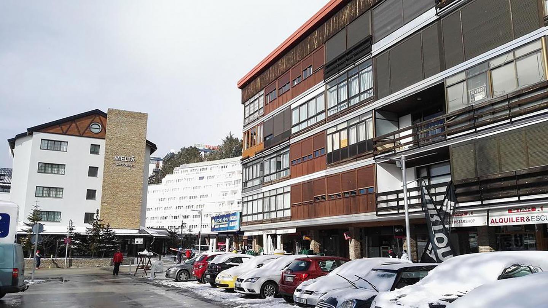 Pradollano Apartments Asn 4/6 Pax Slide-1