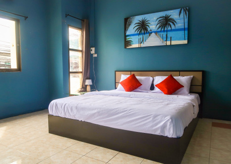 Pims Bed & Breakfast Deluxe King room 4