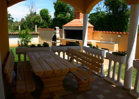 Cozy house in Pula with Parking, Internet, Washing machine, Air conditioning