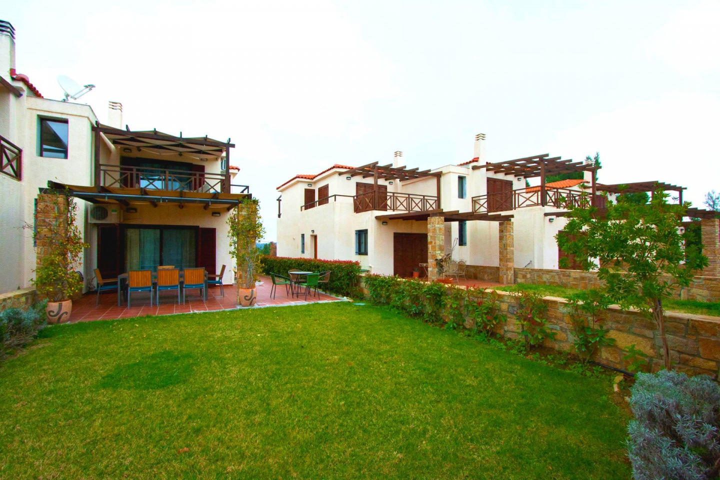 Spacious house in Siviri with Parking, Internet... Slide-2
