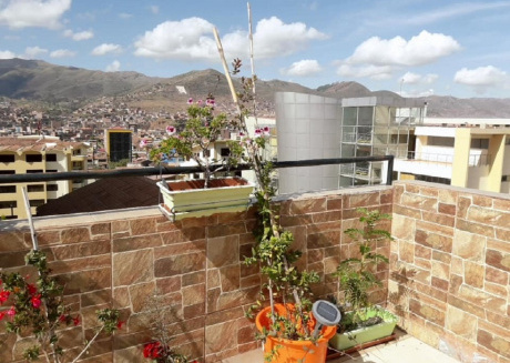 Spacious apartment in the center of Cusco with Parking, Internet