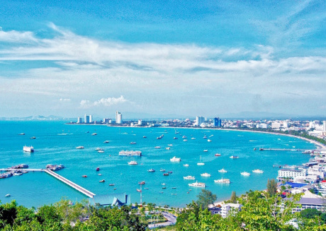 Cozy apartment close to the center of Pattaya with Internet, Balcony, Terrace