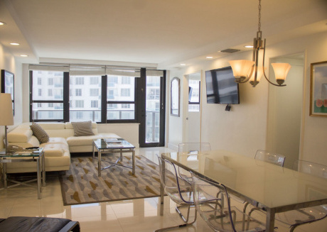 Cozy apartment in Miami with Lift, Parking, Internet, Air conditioning