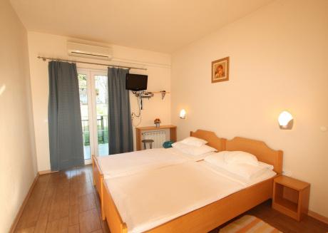 Cozy apartment very close to the centre of Poreč with Internet, Balcony, Garden, Terrace