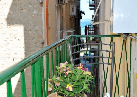 Cozy house in the center of Gaeta with Washing machine, Balcony