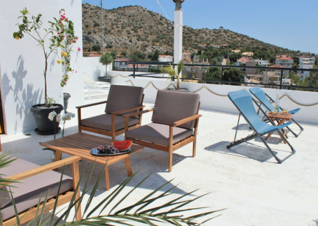 Spacious apartment in the center of Vouliagmeni with Lift, Internet, Washing machine, Balcony