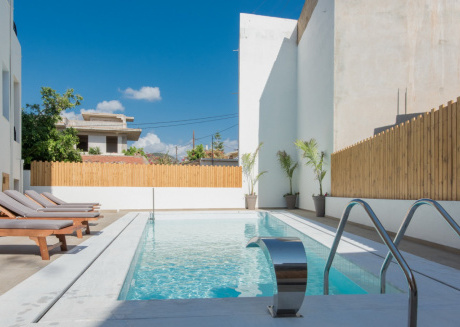 Spacious apartment in the center of Malia with Internet, Air conditioning, Garden, Terrace
