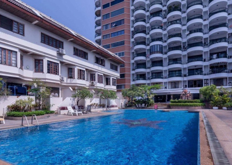 Spacious apartment in Chiang Mai with Lift, Internet, Washing machine, Air conditioning