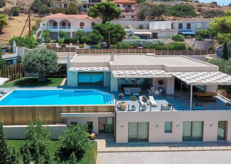 Villa Blue Coast, Lagonisi, Athens Riviera. Modern Villa with Private Pool.