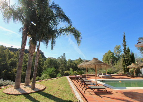 Cozy villa in Alhaurín el Grande with Parking, Internet, Washing machine, Pool