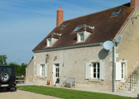 Cozy villa in Le Châtelet with Parking, Internet, Washing machine, Garden