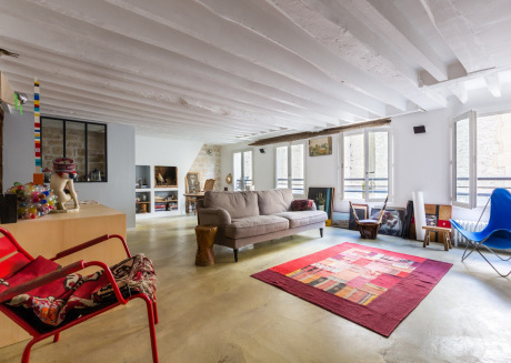 Spacious apartment close to the center of Paris with Internet, Washing machine