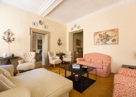 Spacious apartment very close to the centre of Rome with Internet, Washing machine