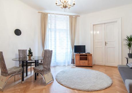 Prague City Center Mikulandska Apartment by easyBNB