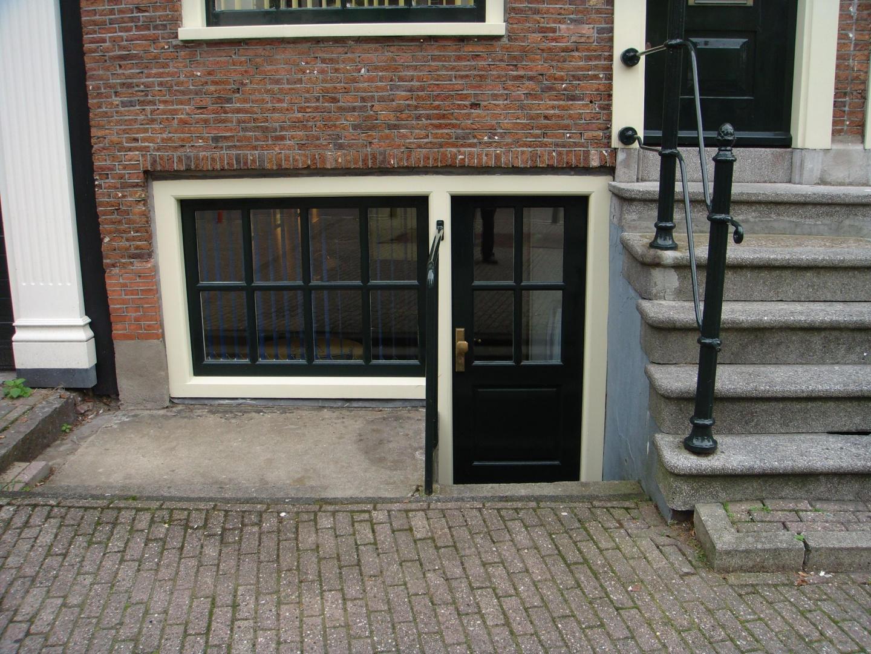 Leidseplein Studio Appartment Slide-10