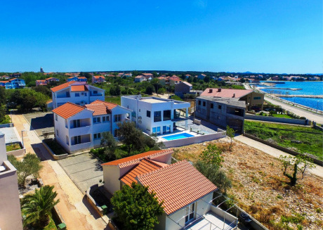Villa Ary is located in Zaton 12 kilometers away from the city of Zadar,