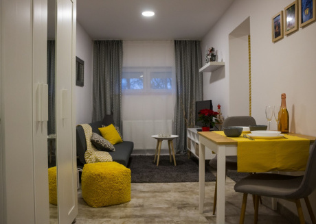 Cozy apartment in Zagreb with Parking, Internet, Air conditioning, Terrace