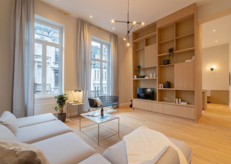 Spacious apartment very close to the centre of Brussels with Lift, Internet, Washing machine, Balcony