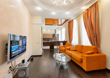 Spacious apartment in the center of Kiev with Internet, Washing machine, Balcony