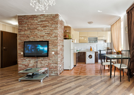 Spacious apartment very close to the centre of Kiev with Lift, Internet, Washing machine, Air conditioning
