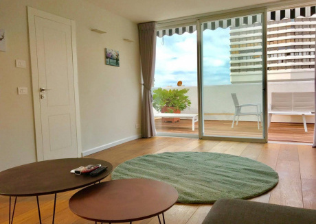Spacious apartment in the center of Tel Aviv-Yafo with Lift, Parking, Internet, Washing machine