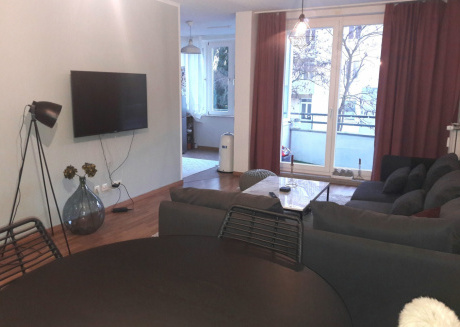 Spacious apartment in the center of Hanover with Parking, Internet, Balcony