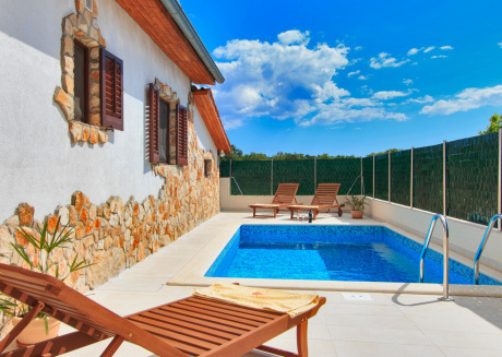 Cozy house in Fažana with Internet, Washing machine, Air conditioning, Garden