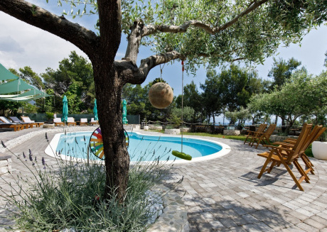 Cozy apartment in Split with Parking, Internet, Air conditioning, Pool