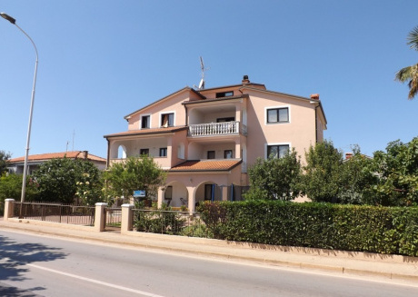 Cozy apartment in the center of Umag with Parking, Internet, Washing machine, Terrace
