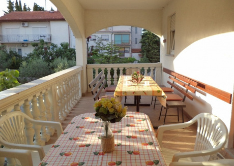 Cozy apartment close to the center of Pula with Parking, Internet, Washing machine, Air conditioning