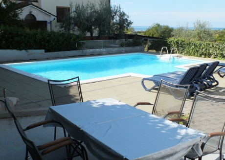 Cozy apartment in the center of Zambratija with Parking, Internet, Air conditioning, Pool