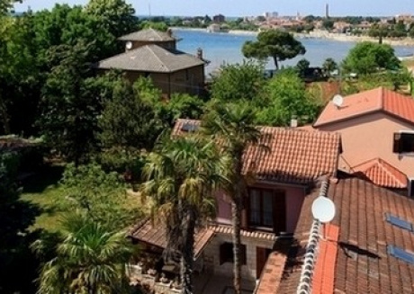 Cozy apartment close to the center of Umag with Parking, Internet, Air conditioning