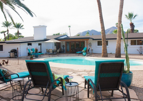 Cozy house close to the center of Paradise Valley with Parking, Internet, Washing machine, Air conditioning