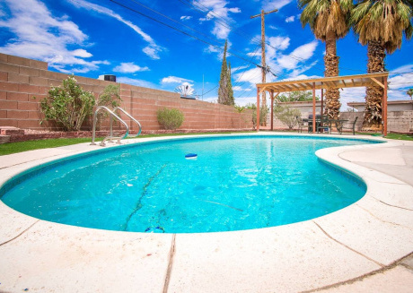 Spacious house in Las Vegas with Parking, Internet, Washing machine, Air conditioning