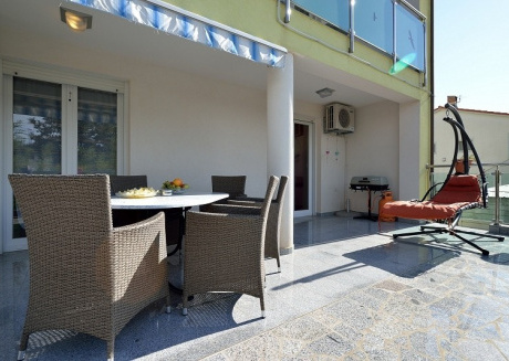 Cozy apartment close to the center of Medulin with Parking, Internet, Washing machine, Air conditioning