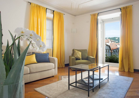 Cozy apartment in the center of Como with Lift, Internet, Washing machine, Air conditioning