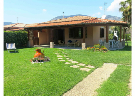 Cozy villa in Fondi with Parking, Internet, Washing machine, Air conditioning