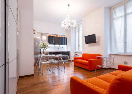 Spacious apartment in the center of Como with Lift, Internet, Washing machine, Air conditioning