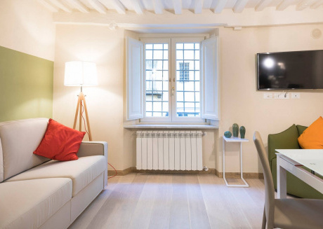 Cozy apartment very close to the centre of Lucca with Internet, Washing machine