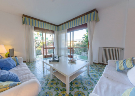 Spacious apartment in the center of Santa Margherita Ligure with Parking, Washing machine, Garden