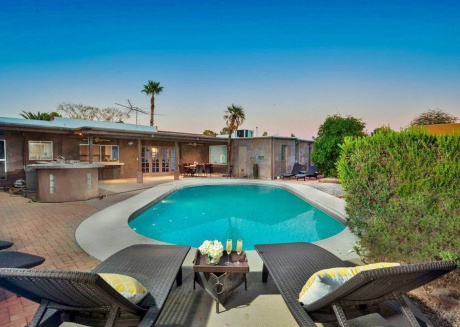 Spacious house in Scottsdale with Parking, Internet, Washing machine, Air conditioning