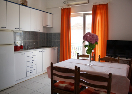 Cozy apartment very close to the centre of Vodice with Parking, Internet, Air conditioning