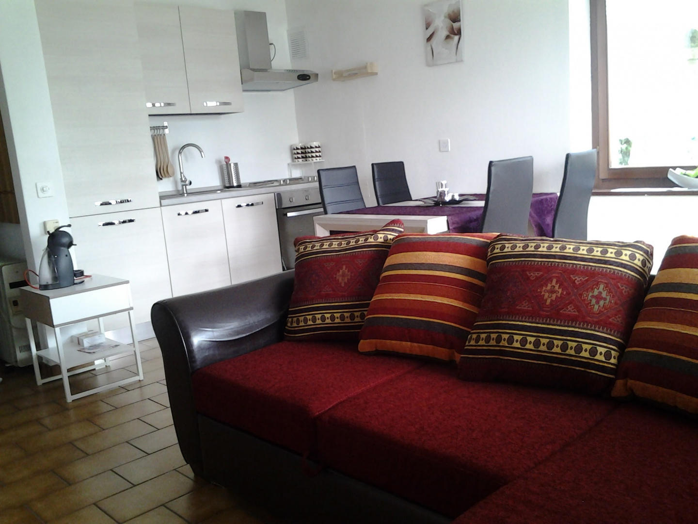 Spacious apartment in the center of Gambarogno ... Slide-2