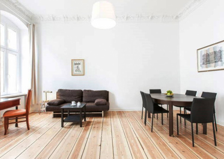 Spacious apartment very close to the centre of Berlin with Internet, Washing machine