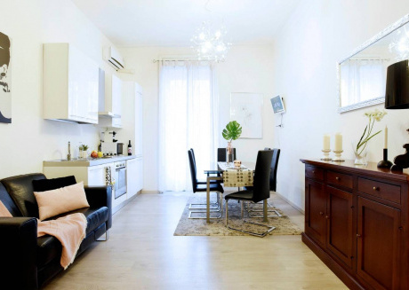 Cozy apartment close to the center of Milan with Lift, Internet, Washing machine, Air conditioning